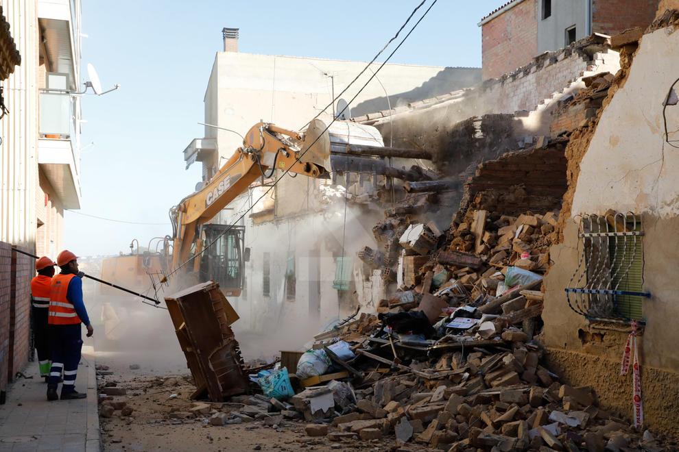 La Paeria va enderrocar l'habitatge afectat i dos de contigus al primer barri