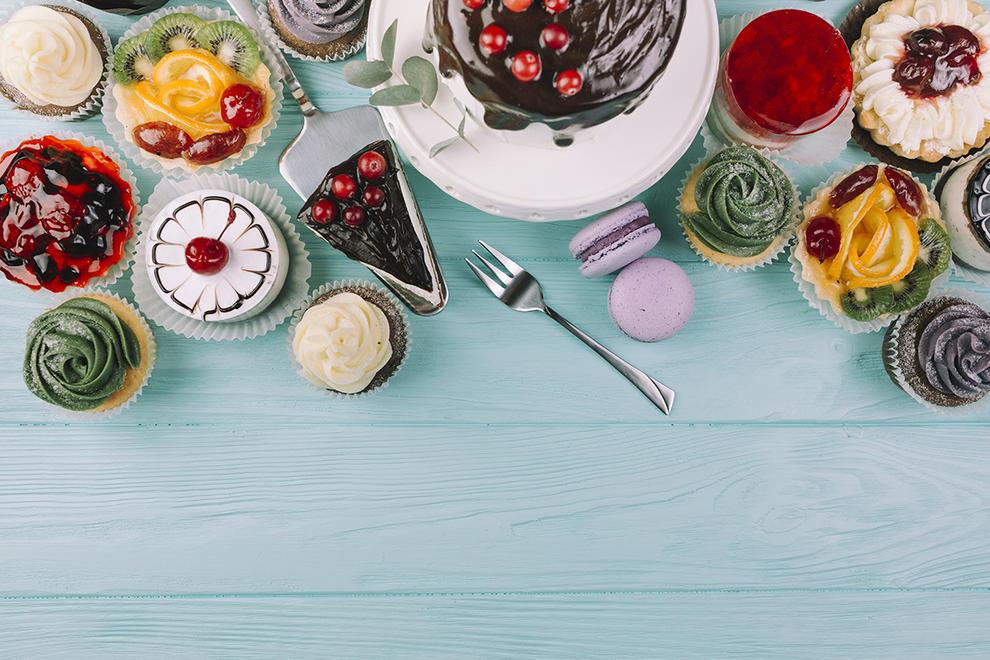 De nata, de melmelada, amb xocolata...pastissos de tots els colors i per a tots els gustos. Dibuixa'ns com seria el teu pastís ideal