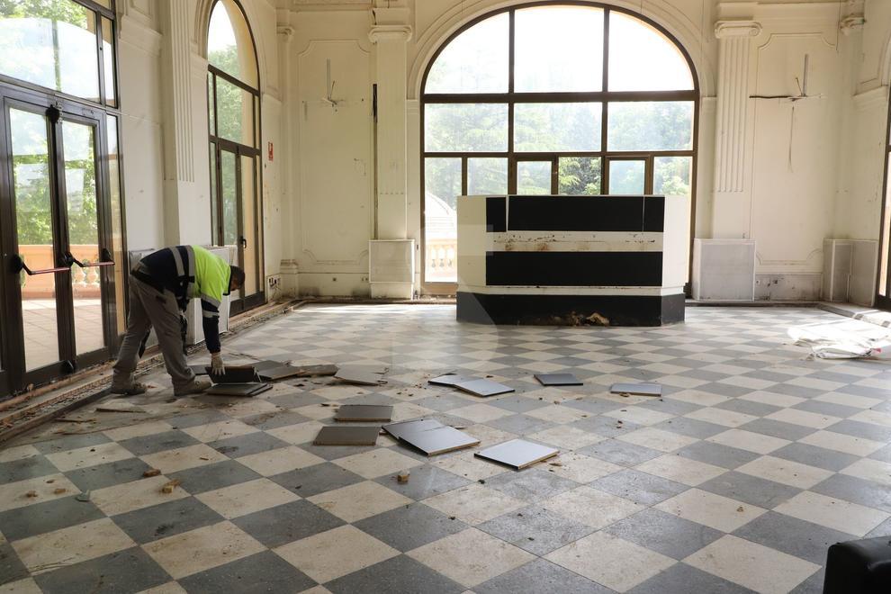 La Paeria lo arregla después de que okupas vandálicos se llevaran cableado y grifería
