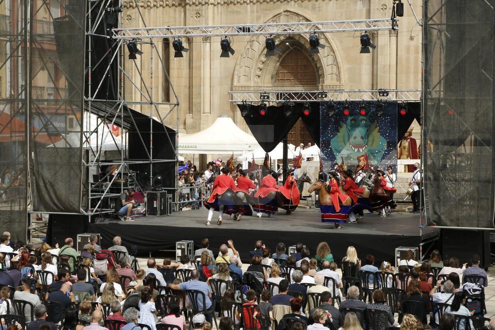 Concerts, castellers, actes tradicionals, Batalla de Moros i Crisitans...